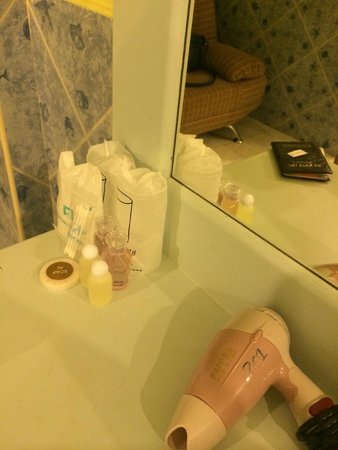 Amici Miei Hotel: They have hair dryers for guests at each room
