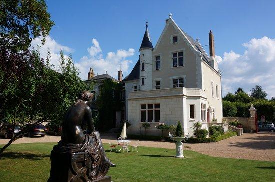 Le Manoir Saint Thomas: Hotel & garden
