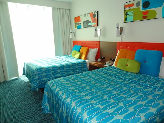 Universal's Cabana Bay Beach Resort: queen beds
