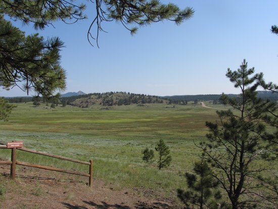 Florissant Fossil Beds National Monument : View from the Sawmill trail