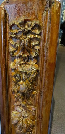 Maritime Museum of the Atlantic : Detailed wood work from the Titanic