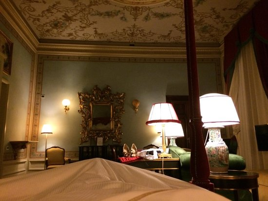 Villa Cora: Room