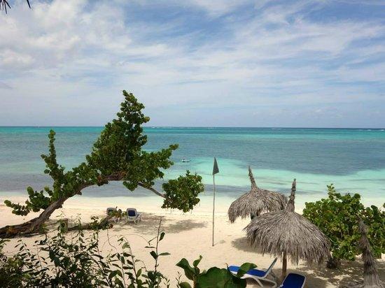 Paradisus Rio de Oro Resort & Spa: Royal Service beach