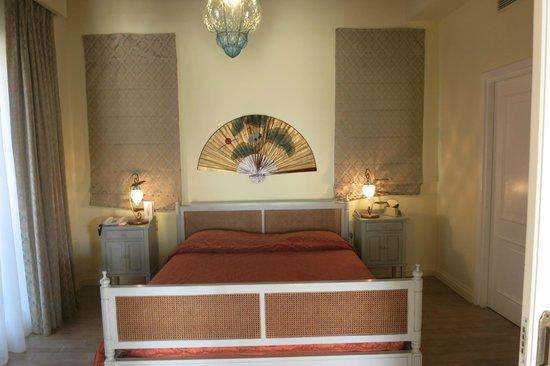 Grecotel Eva Palace: Bed