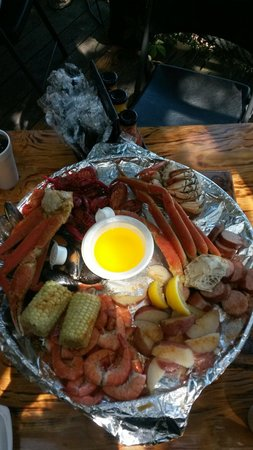 The Crab Shack: Seafood broil for two...