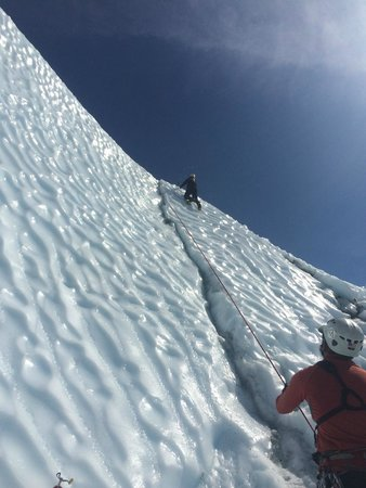 Mica Guides : Climbing to the top