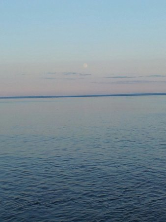 Sentier de la Pointe-de-l'Islet Trail : The perfect moonlight