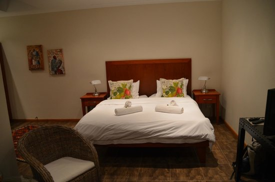 Central Guest House: Zimmer
