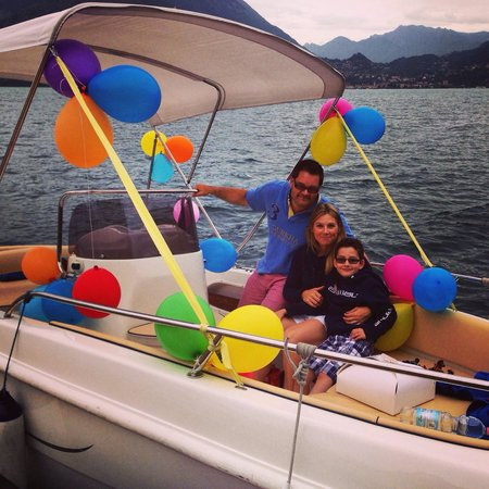 AC Boat: Brilliant birthday fun for our lucky 7yr old!