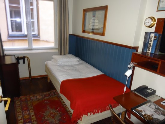 Lord Nelson Hotel: Room 11