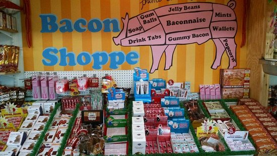 Minnesota's Largest Candy Store: The Bacon Shoppe