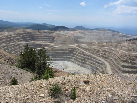American Eagles Overlook and Historic Mine: CC&V gold mine operations