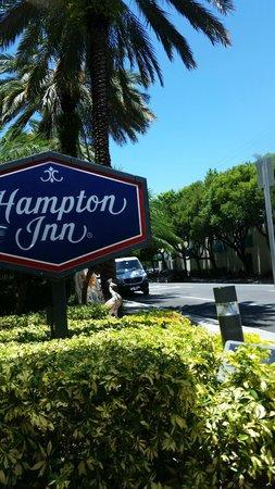 Hampton By Hilton Miami-Coconut Grove/Coral Gables: Frente Hotel