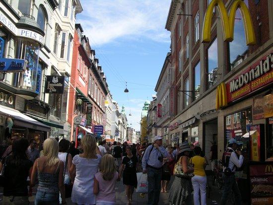 Radisson Blu Royal Hotel Copenhagen: Pedestrian mall