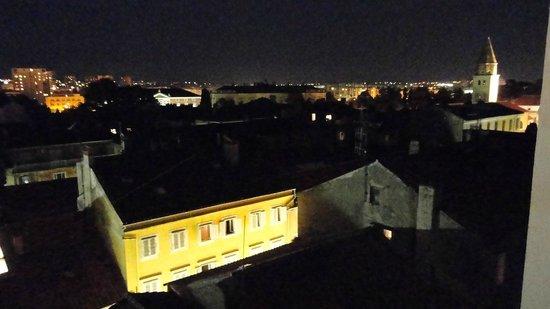 Old Town Hostel: Vista da janela
