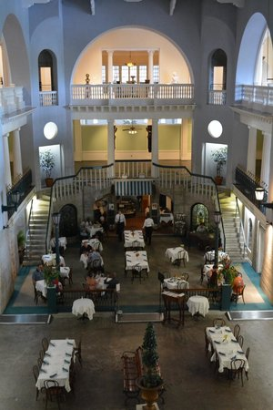 The Lightner Museum: The restaurant used to be a pool!!!!