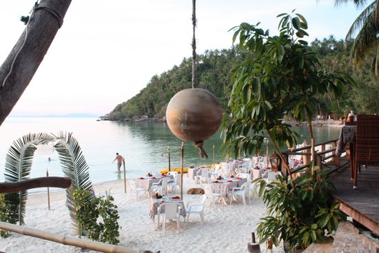 Salad Beach Resort : La plage le soir