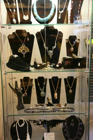 Golden Fish Gallery: Great Jewelry