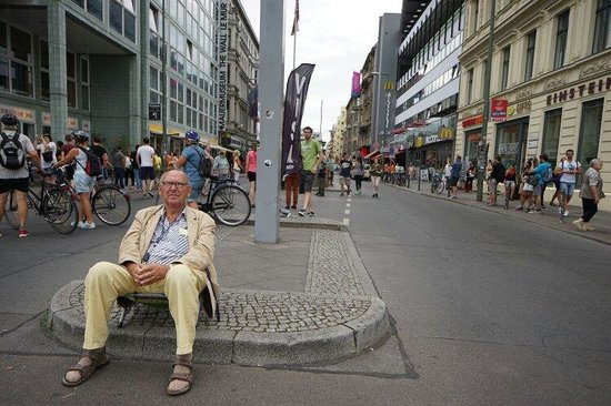 Checkpoint Charlie: Still not giving any impression of the thing that stood there for nearly 30 years. Pay attention
