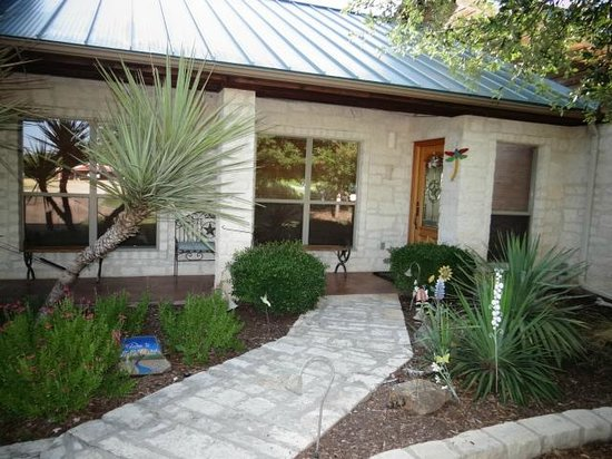 Bella Vista Bed and Breakfast on Lake Travis : Welcome to Bella Vista