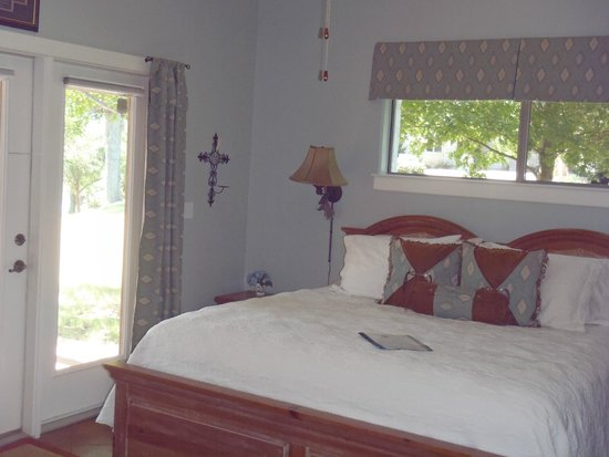 Bella Vista Bed and Breakfast on Lake Travis: Guest house - Tejas room