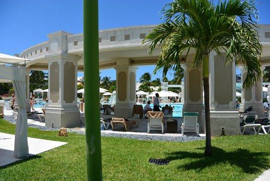 Sandals Emerald Bay Golf, Tennis and Spa Resort: pool