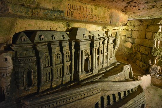 The Catacombs of Paris: Catacombs 08/2014