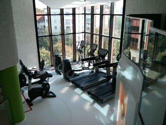 Sheraton München Westpark Hotel: Teil des Fitnessbereichs