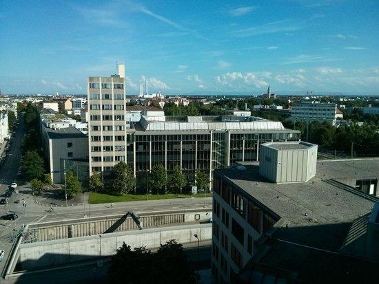 Sheraton Munchen Westpark Hotel: Blick aus dem 9. Stock