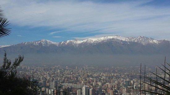 Colline San Cristóbal de Santiago : Vista do cerro San Cristobal