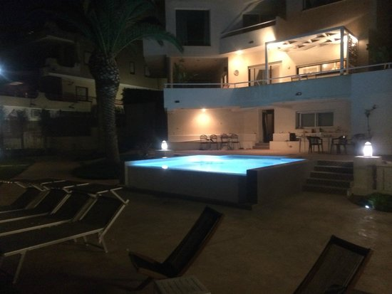 Bed And Breakfast Villamare : Piscina Terrazza esterno camera