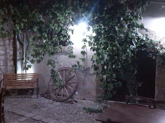 Baglio Siciliamo Country House: LA sera magia..