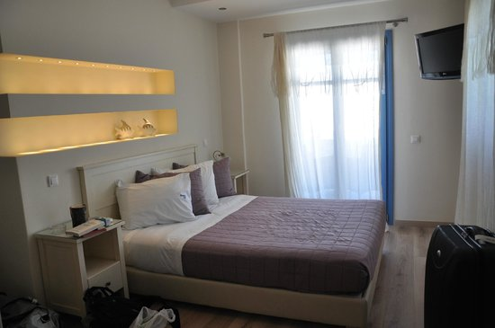 Alexandros Studio Apartments: our renovated room