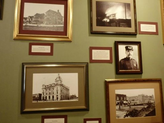 Tunnels of Moose Jaw : Photographs of Moosejaw