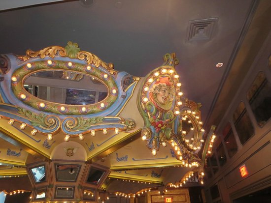 Hotel Monteleone: Carousel bar - it actually revolves!