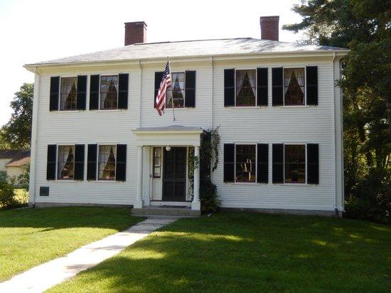 Ralph Waldo Emerson House: R W Emerson Home North Side 8/8/2014