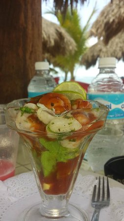 Mr Sanchos Beach Club Cozumel : the shrimp cocktail