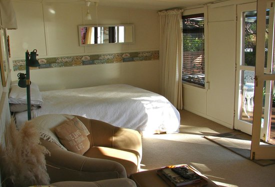 Waters Edge Holiday Accommodation: Bedroom area, Water's Edge