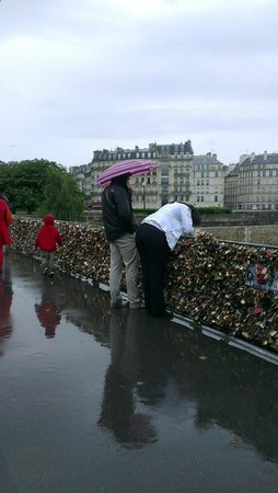 Bike About Tours : Undeterred by rain