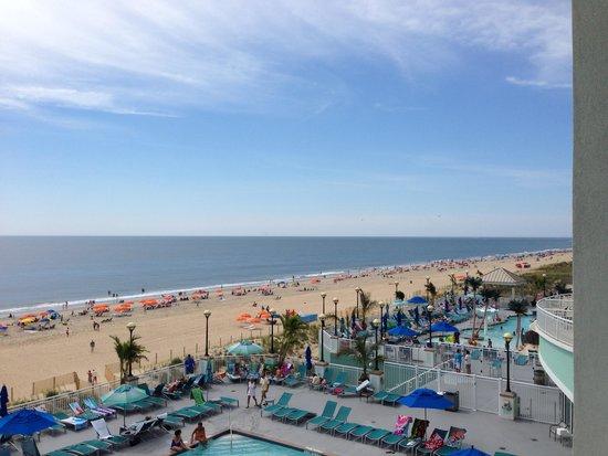 Hilton Suites Ocean City Oceanfront: View from 3rd floor