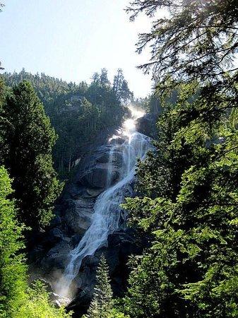 Shannon Falls Provincial Park: Shannon Falls
