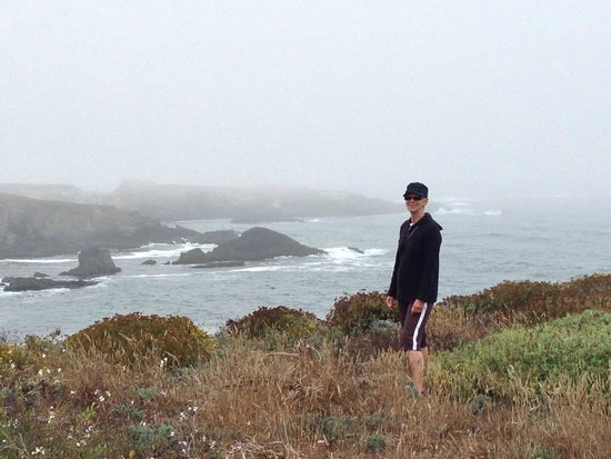 Sea Rock Inn: Hiking the Mendocino Headlands - trails start almost right across the street