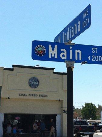 Urbn Pizza Street Scene