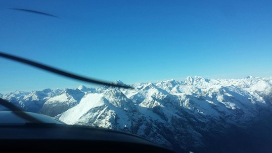 Air Milford: Southern Alps