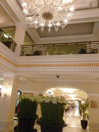 The Imperial Hotel : Lobby in the The Perial