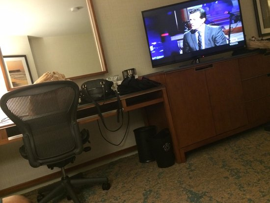 The Westin San Diego: Desk area