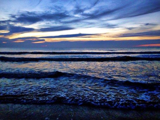 Four Points by Sheraton Jacksonville Beachfront : Sunrise!