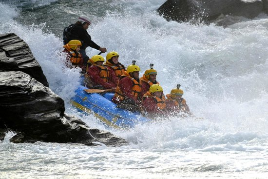 our rafting experience picture of queenstown rafting. Black Bedroom Furniture Sets. Home Design Ideas
