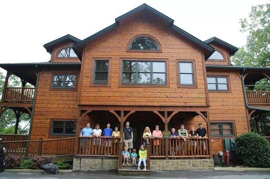 Gatlinburg Falls Resort: Family Vacation