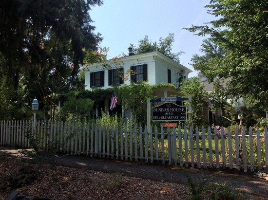 Dunbar House, 1880: Dunbar House
